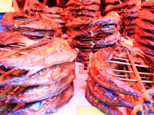 Berkeliling Melihat 'Daging Tak Biasa' di Pasar Tomohon