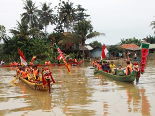 Tradisi Perahu Naga di Hari Raya Peh Cun