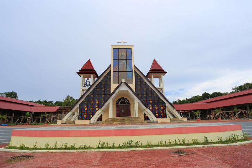 Sebuah gereja Katolik yang baru dibangun di Mansinam sebagai pusat peradaban Papua di masa lampau