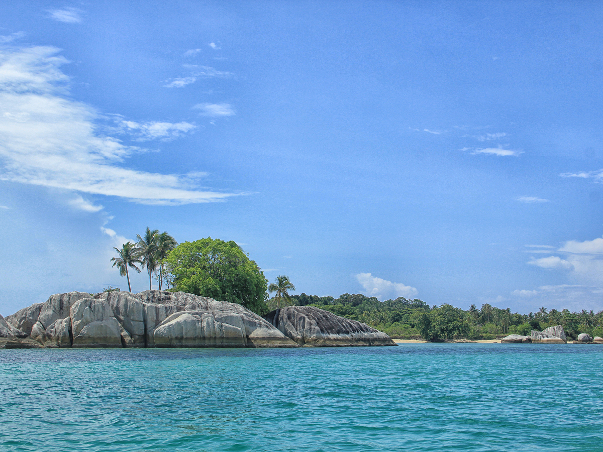 pulau_babi_1200.jpg
