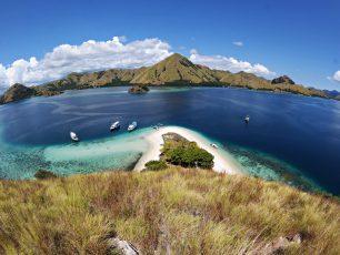 Pulau Kelor, Pulau Sepi yang Mempesona