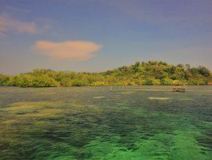 Menjelajahi Pulau Sangiang di Selat Sunda