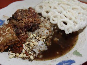 Rawon, Sup Daging Berkuah Hitam