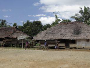 Kearifan Lokal Dalam Hidup Suku Huaulu