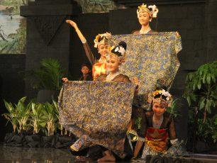 Tari Batik Pace, Mengabadikan Keampuhan Buah Pace