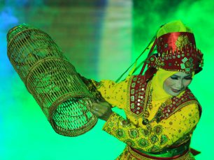 Tari Bubu, Tari Kreasi yang Lahir dari Tradisi Menangkap Ikan