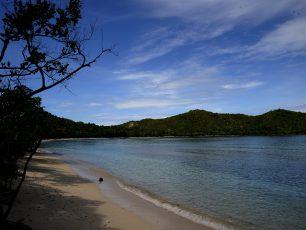 Teluk Kabui: Surga Tersembunyi yang Penuh Misteri