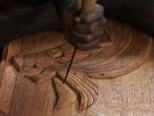 Guratan Indah Suku Asmat Papua