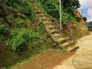 Watu Kelir, Tembok Pembatas Kawasan Suci