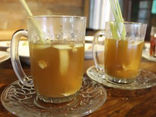 Minuman Hangat Berkhasiat Khas Kota Gudeg