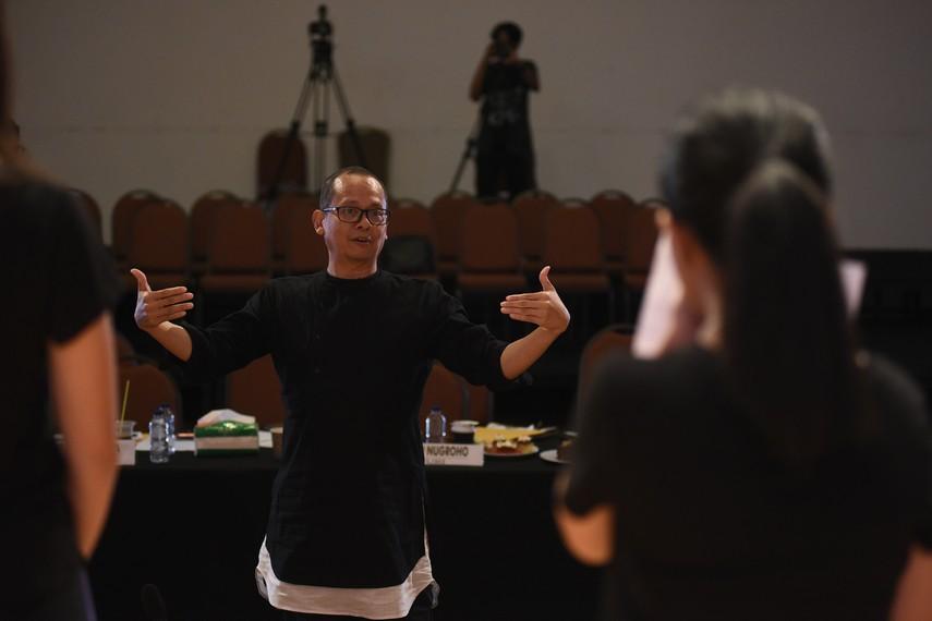 Ari Tulang, juri audisi Ruang Kreatif Indonesia Menuju Broadway