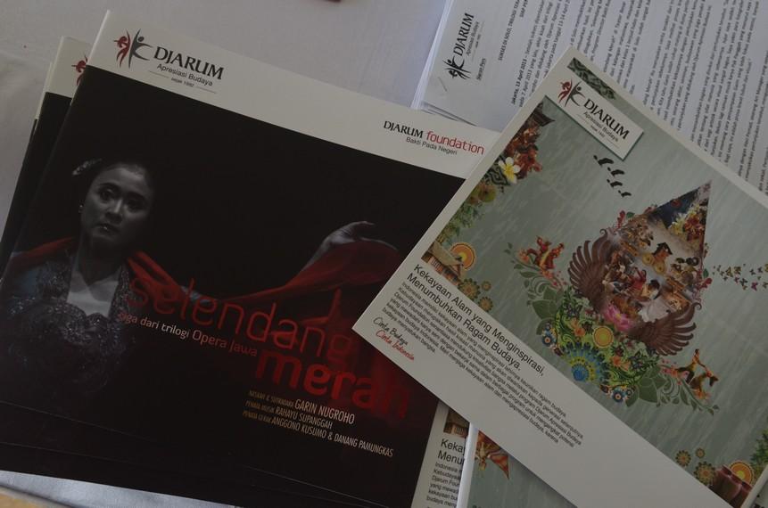 Buku acara Opera Jawa Selendang Merah