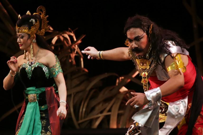 Duryudana menyadari bahwa Banowati tak pernah mencintainya
