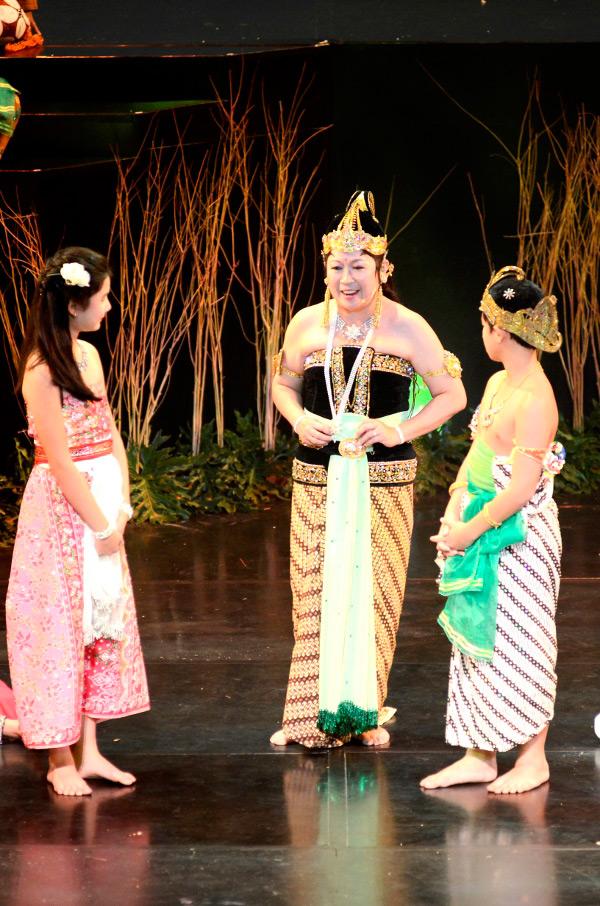 Ibu Mari Elka Pangestu, tampil berperan dalam Arjuna Galau