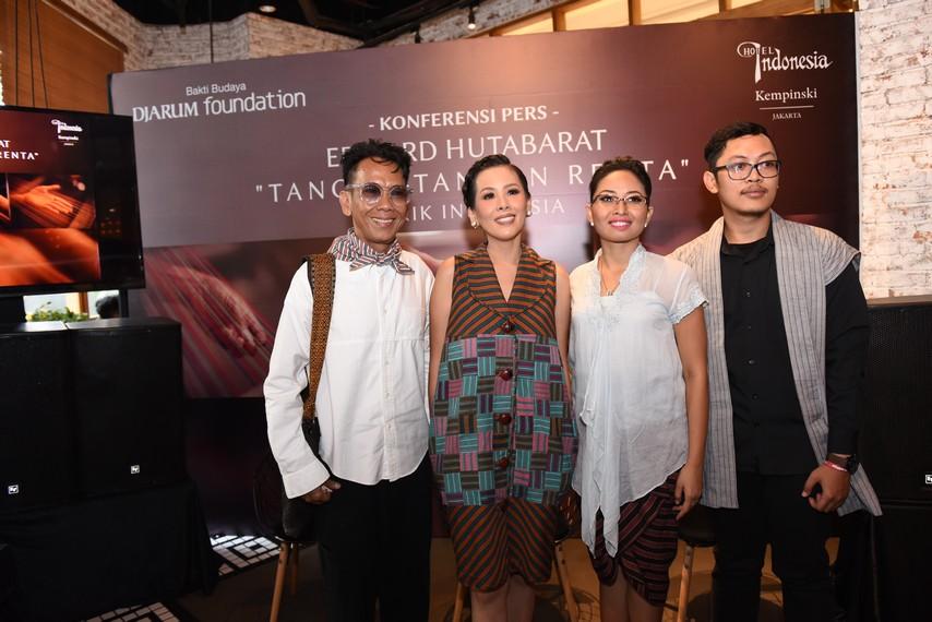 Konferensi pers Tangan-Tangan Renta Lurik Indonesia