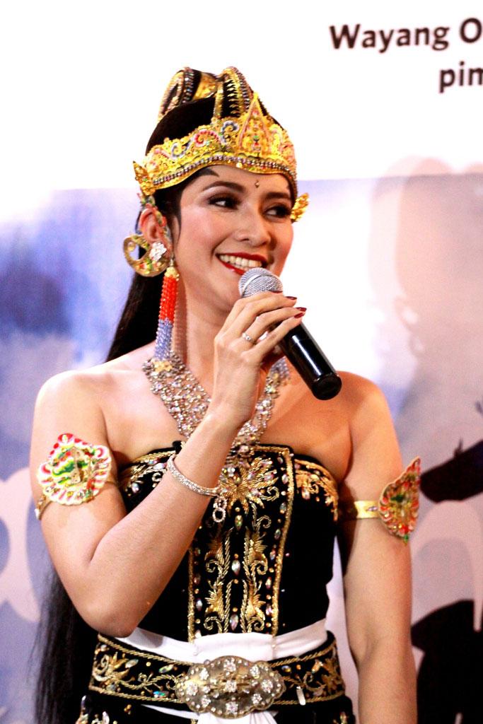 Maudy Koesnaedi bangga keindahan budaya Indonesia