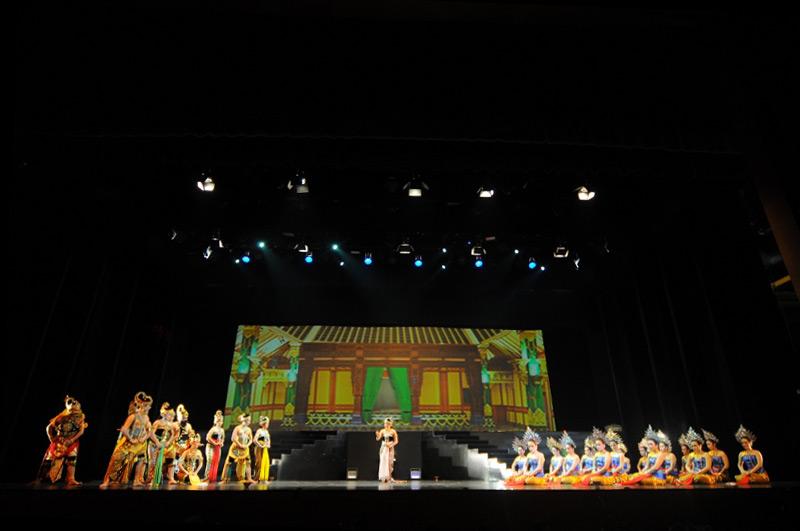 Pergelaran Arjuna Galau ditampilkan secara kolosal
