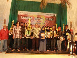 Sanggar Sastra Tasik Menyelenggarakan Karnaval Budaya dan Lomba Baca Puisi Se-Jawa Barat 2015